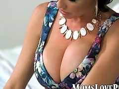 Bedroom, Big Tits, Bold, Lesbian, MILF, Oral Sex, Teen, Trimmed, Veronica Avluv,